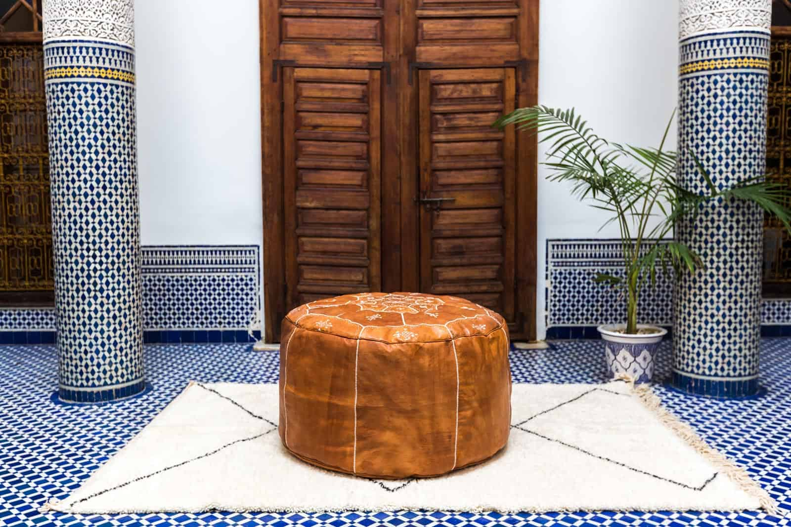 Enjoyable History And Modern Uses Of A Moroccan Leather Pouf Machost Co Dining Chair Design Ideas Machostcouk